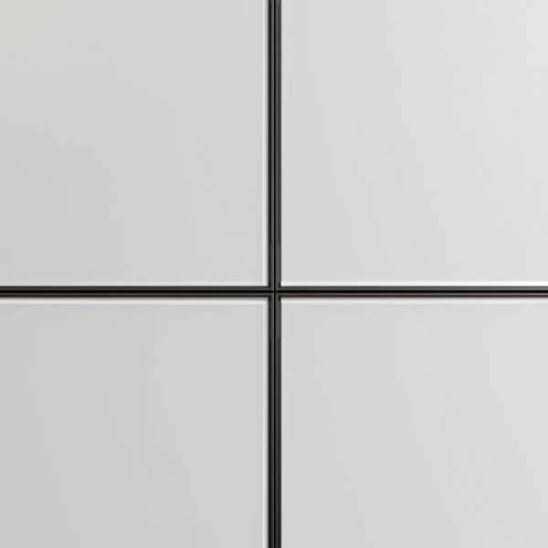 Façades des bases en verre dépoli et cadre en aluminium finition Nero
