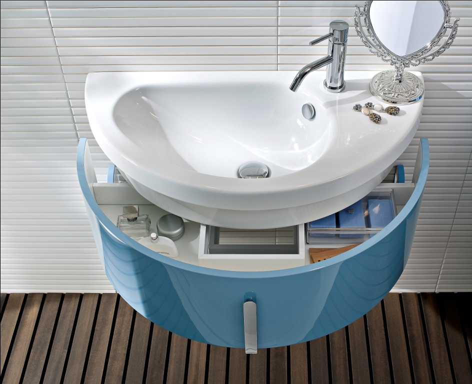 Elément pour la salle de bains Moon sur Repubblica Casa&Design
